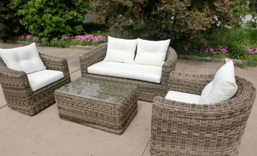 4tlg luxus gartengarnitur polyrattan lounge gartenm bel rattan wetterfest. Black Bedroom Furniture Sets. Home Design Ideas