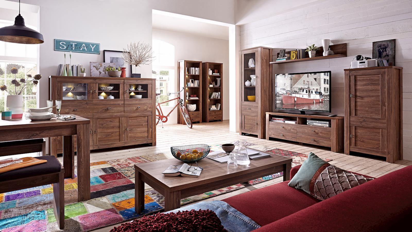 Die Schönen Brauntöne Der Wohnwand Bellatrix Wirken Warm Und Zeitgemäß Und  Schaffen Eine Schöne Atmosphäre Im Wohnzimmer Und Eingangsbereich.