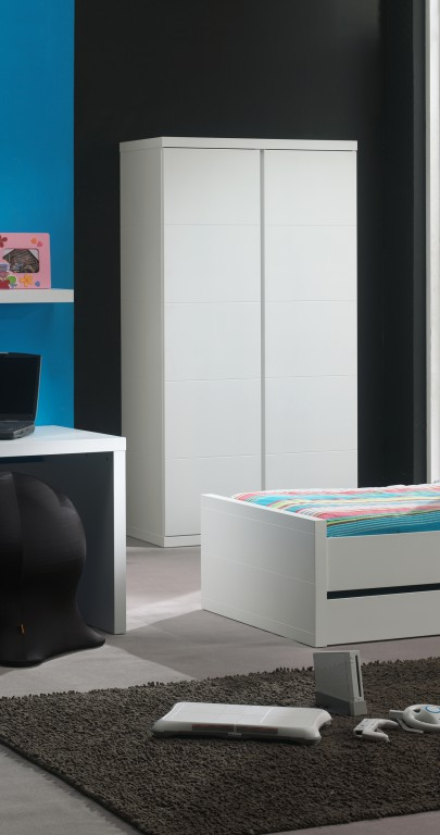kleiderschrank lara kinderkleiderschrank schrank wei kids. Black Bedroom Furniture Sets. Home Design Ideas