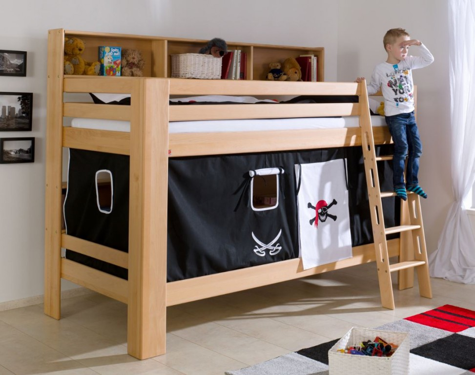 etagenbett jan kinderbett spielbett bett mit b cherregal buche pirat schwarz wei kids teens. Black Bedroom Furniture Sets. Home Design Ideas