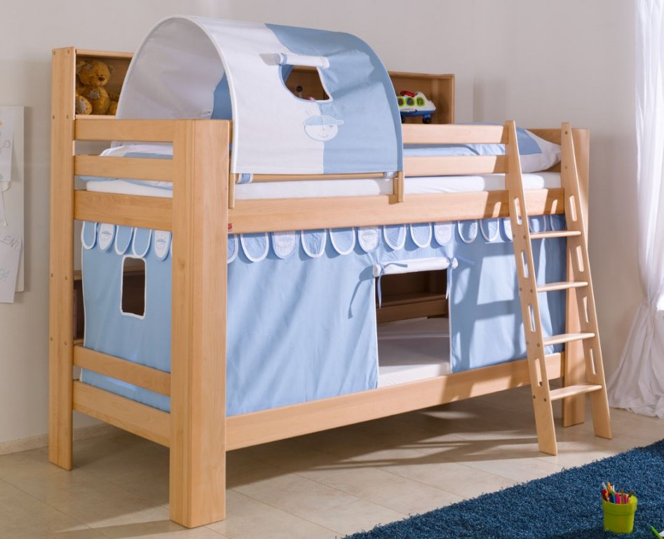 etagenbett jan kinderbett spielbett bett mit b cherregal buche boy blau wei kids teens betten. Black Bedroom Furniture Sets. Home Design Ideas